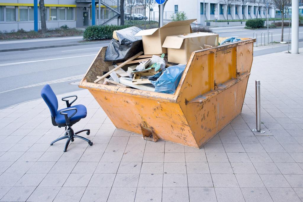 Wywóz śmieci w kontenerach Poznań